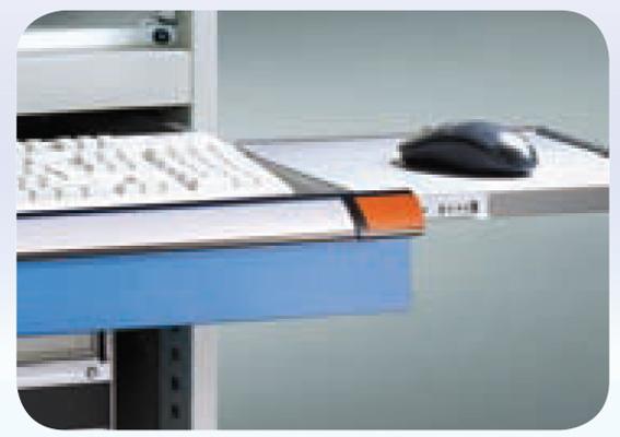 Détail support clavier avec tablette souris